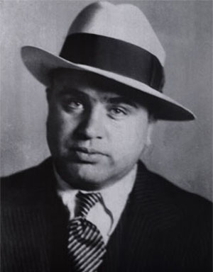 http://planetill.com/wp-content/uploads/2010/01/Al_Capone-2.jpg